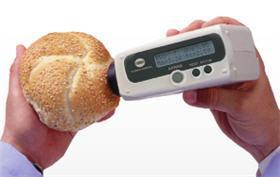 Medidor del índice de tostado Konica Minolta.